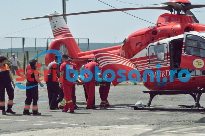 Elicopter chemat pentru un botoşănean care s-a tăiat cu o coasă!