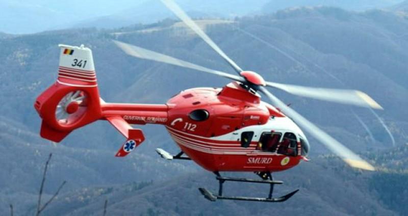 Elicopterul SMURD, chemat astăzi pentru a doua oară la Botoșani. Din păcate s-a defectat, iar pacientul a fost transportat la Iași pe cale terestră