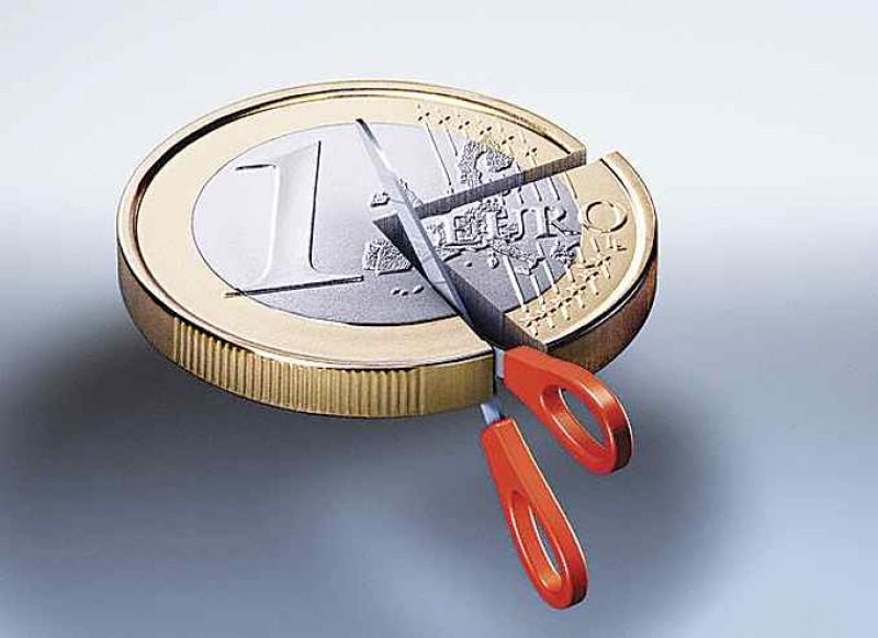 Emotii pentru bugetari: Salariile ar putea veni mai tarziu si mai mici!