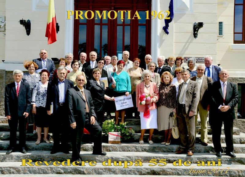 Emoții școlărești la Dorohoi: Reîntâlnire după 55 de ani!