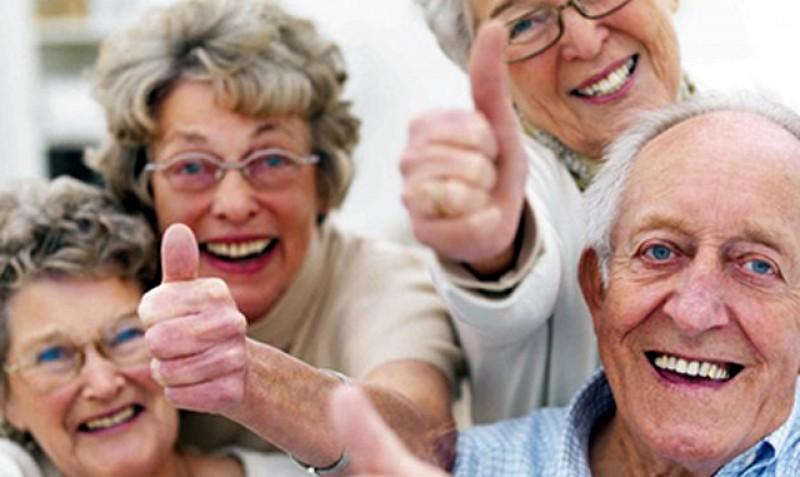 Englezii își izolează toți bătrânii! Persoanele în vârstă vor sta patru luni în izolare