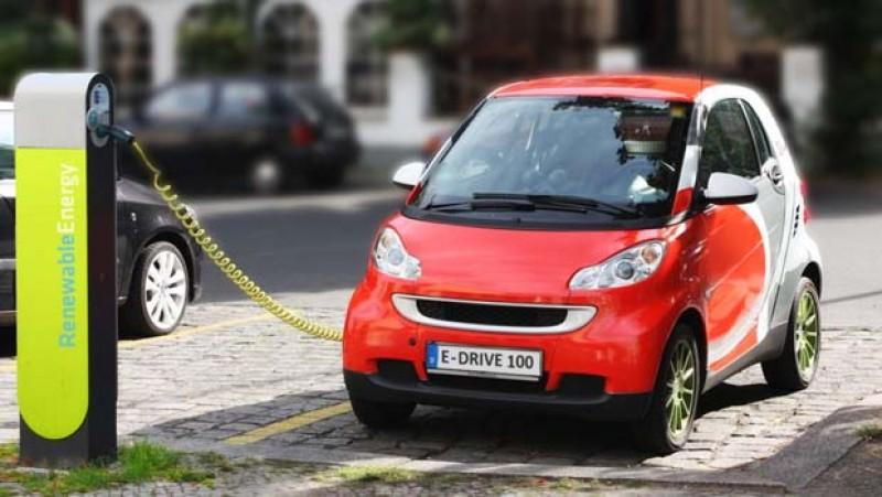 E.ON își freacă lăbuțele ca un bursuc: peste 35% din români vor să-și cumpere mașini electrice!