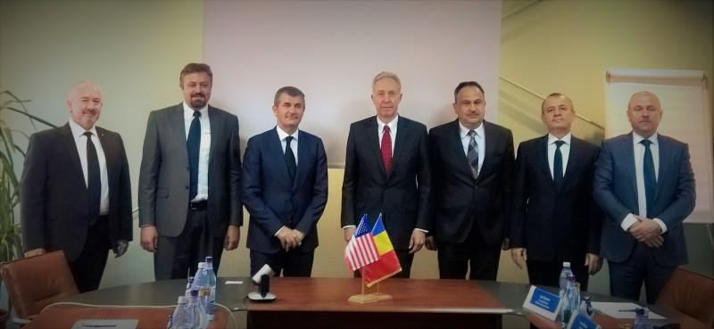 E.S. Ambasadorul Statelor Unite ale Americii în România, Hans Klemm, în vizită la Elsaco