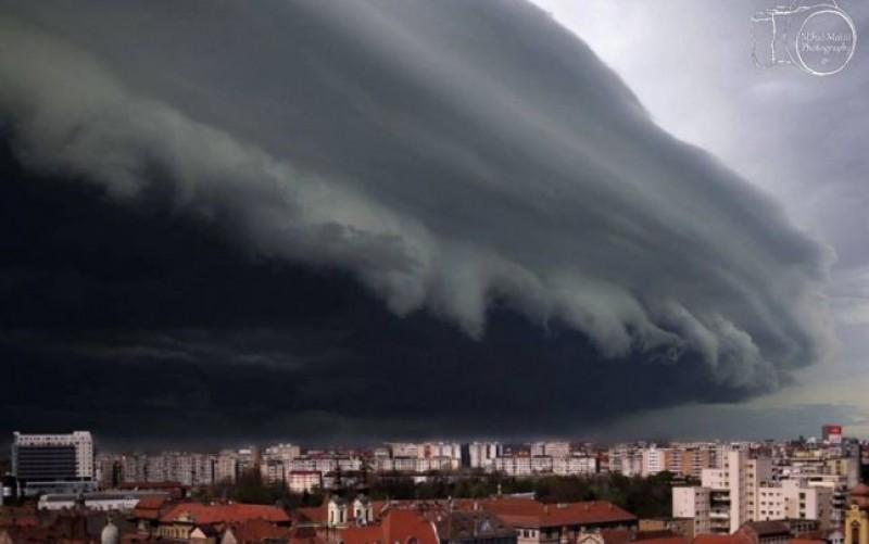 Ești afectat de furtună? Asigurarea obligatorie nu te va despăgubi. Poliţa acoperă doar 3 situaţii! VIDEO