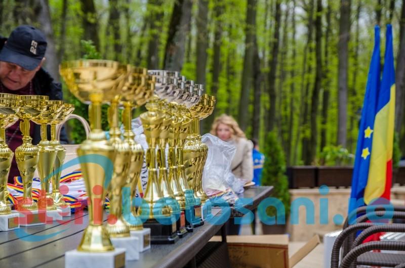 Etapa Finală a Campionatului Național de Cros pentru copii și juniori, în pădurea Rediu, Botoșani