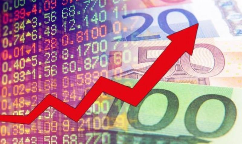 Euro ar putea ajune la 4,83 lei în următorul an!
