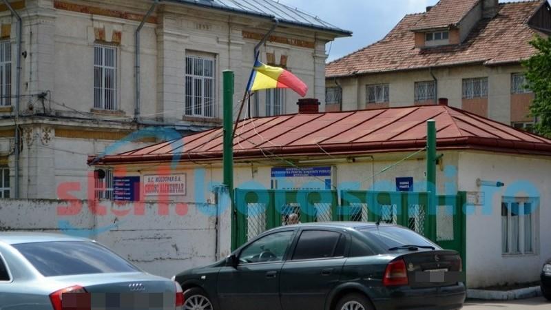Evacuat din casă și internat forțat la Psihiatrie, după ce și-a torturat soția și copilul