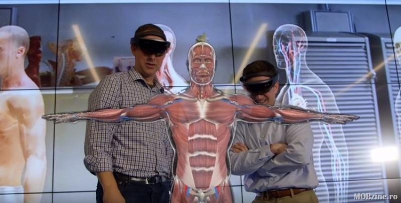 Eveniment istoric: 15 chirurgi din 13 țări au operat cu ajutorul tehnologiei HoloLens, printre care și un medic botoșănean