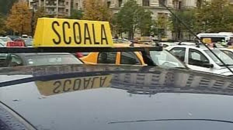 EXCLUSIV: 18 instructori auto din Botoșani au obținut suspendarea unui ordin al Ministerului Transporturilor!