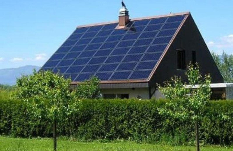 Familiile nevoiașe din comuna Hilișeu-Horia vor avea energie electrică gratuită. Primăria le montează panouri fotovoltaice