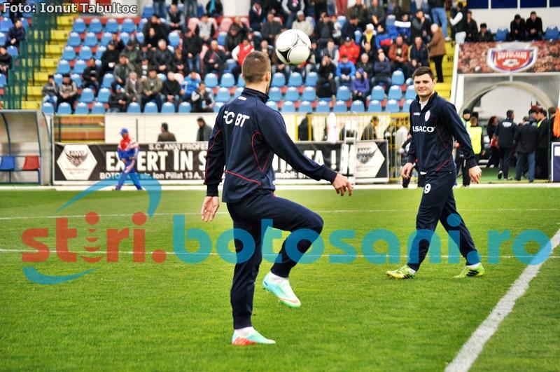 """FC Botosani nu are unde sa se antreneze: """"Ar fi extraordinar un teren artificial. Nu avem niciun teren de antrenament si sunt probleme"""""""