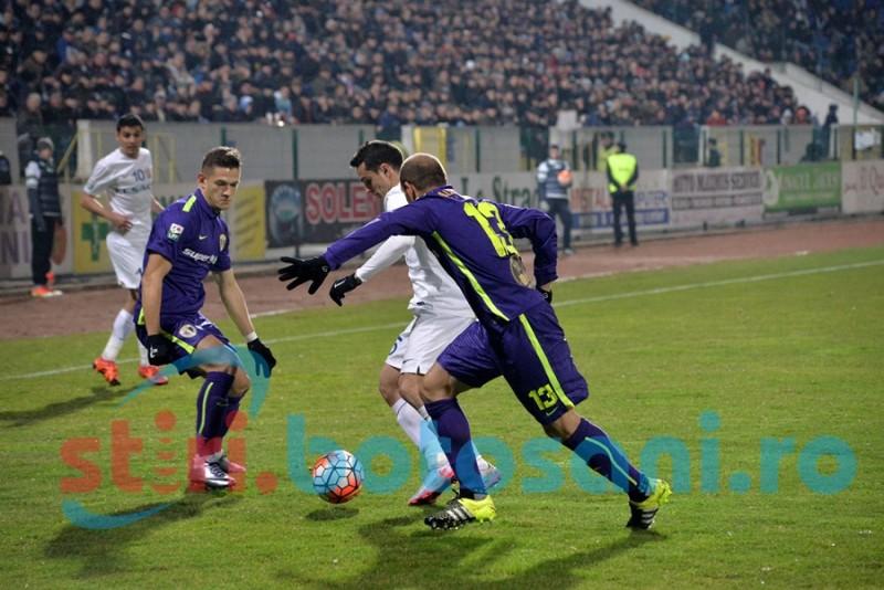 FC Botoşani se impune cu greu in fata Petrolul si acumuleaza 16 puncte - FOTO