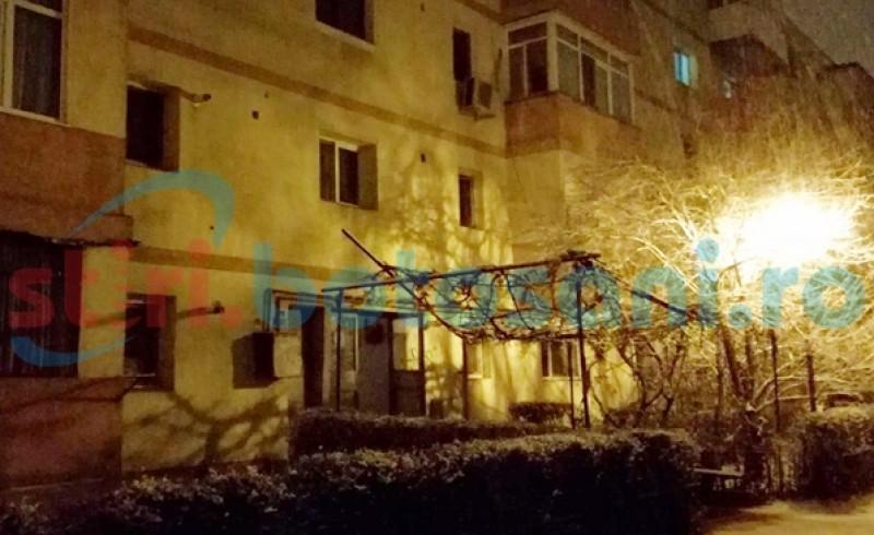 CUMPLIT! Femeie atacată în scara unui bloc din Botoșani!