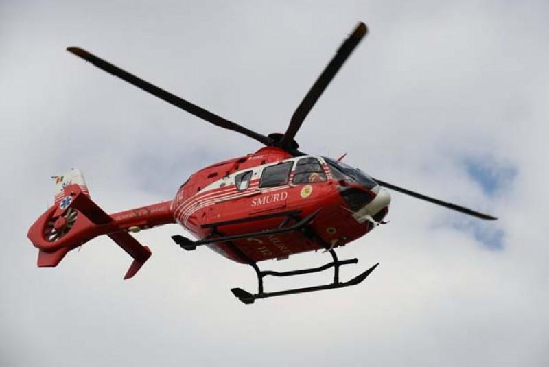 Femeie de 68 de ani preluată cu elicopterul, după un atac cerebral!