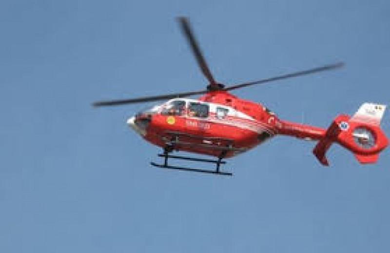 Femeie în stare gravă, preluată din Dorohoi de elicopterul SMURD!