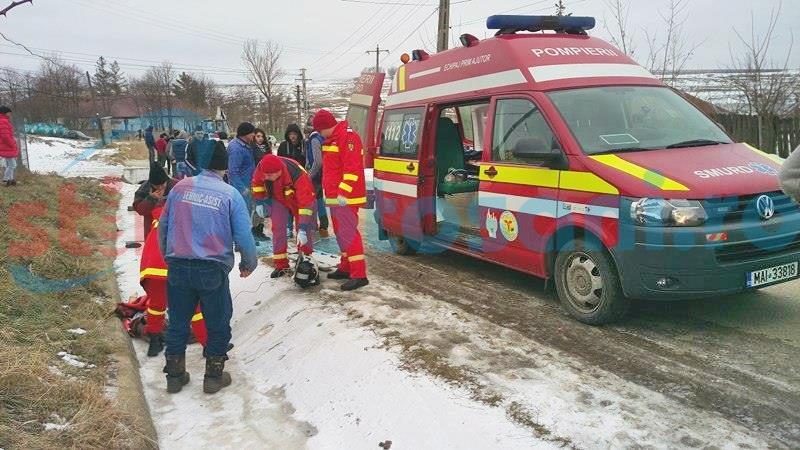 Tragedie la Costești! O femeie a murit, iar o adolescentă a fost rănită, după ce un autoturism a intrat în ele! FOTO