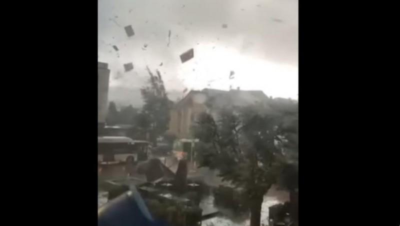 Fenomene meteo tot mai îngrijorătoare în Europa. O tornadă imensă a făcut ravagii în Luxemburg! - VIDEO