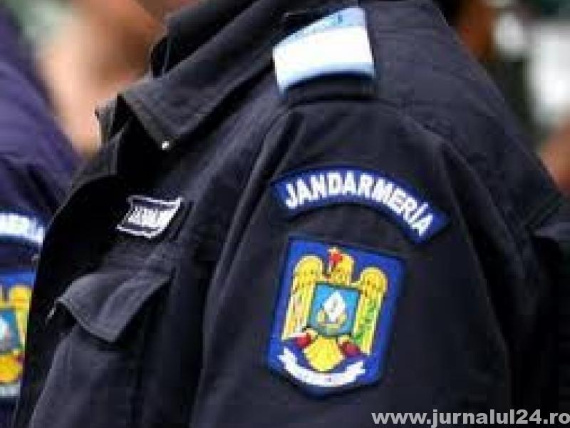 Fermierii de la Ştiubieni, buluc la Primărie! Jandarmii au fost trimişi să asigure ordinea!