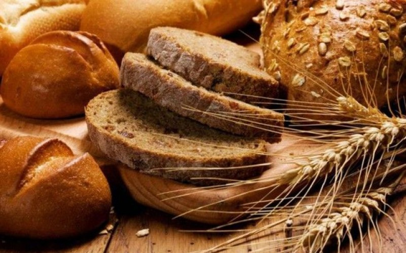 Fermierii din România: Prețul produselor de panificație va crește cu peste 25% în următoarea lună