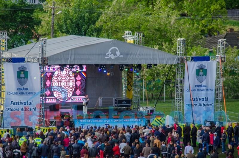 """Festivalul """"Floare albastră"""", la cea de-a XI- a ediție"""