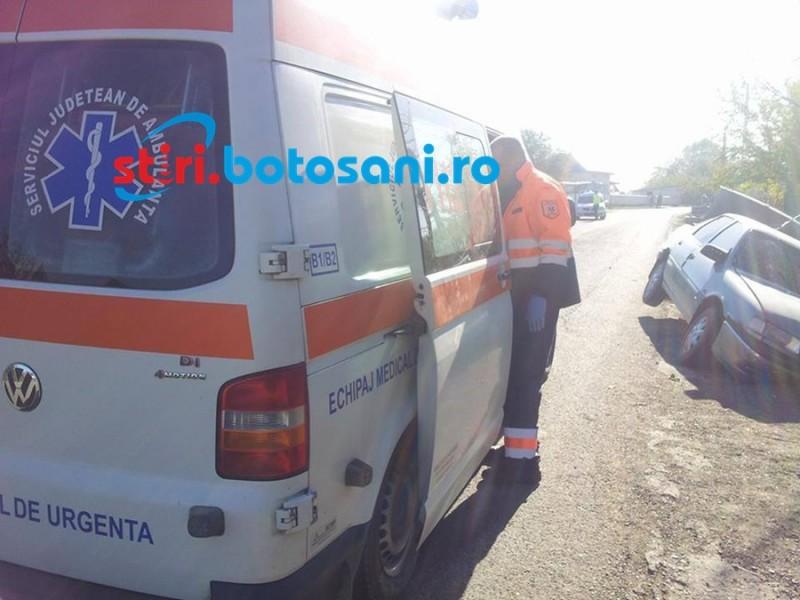 Fetiță rănită într-un accident: Impact între două mașini de Botoșani, într-o comună suceveană!