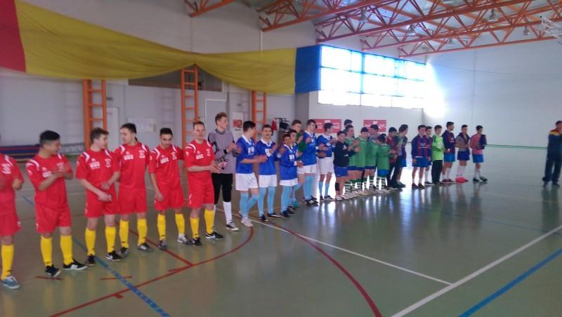 Finală câştigată cu 3-1 în Cupa Prietenia la fotbal! FOTO