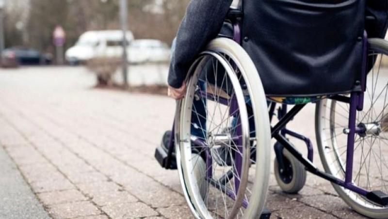 Firmele din România, obligate să angajeze persoane cu dizabilități sau să plătească o taxă dublă către stat