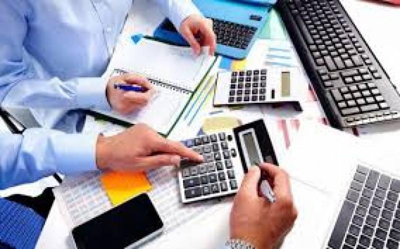 Firmele vor plăti impozit pe cifra de afaceri în locul celui pe profit, din 2018