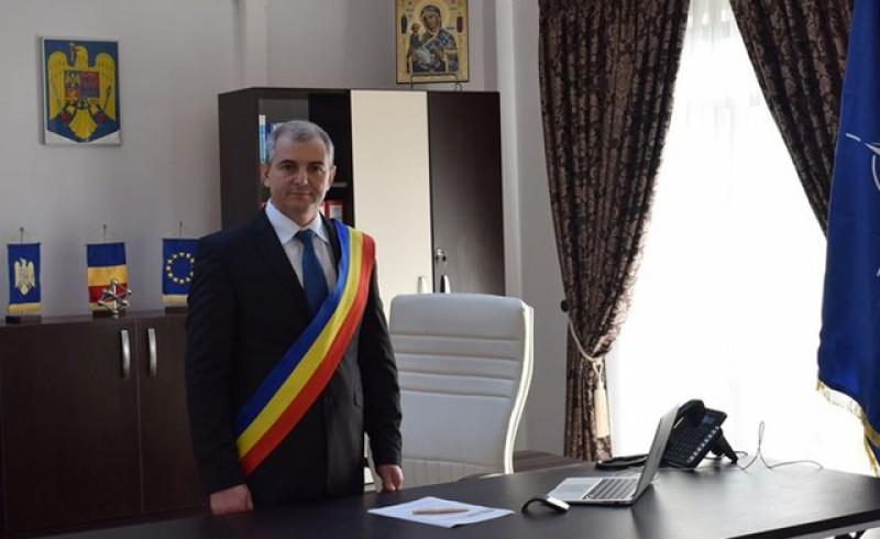 Florin Buțura, după ce a câștigat un nou mandat la Ștefănești: Este o victorie comună spre beneficiul orașului și locuitorilor săi