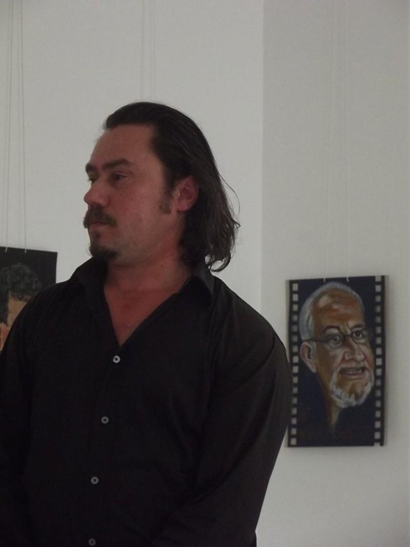 """Florin Grosu FACE... FEŢE: """"Mă reinventez prin caricatură"""""""