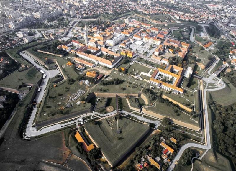 Fonduri europene pentru dezvoltarea oraşelor inteligente. Caravana Smart City România ajunge și în zona Moldovei!