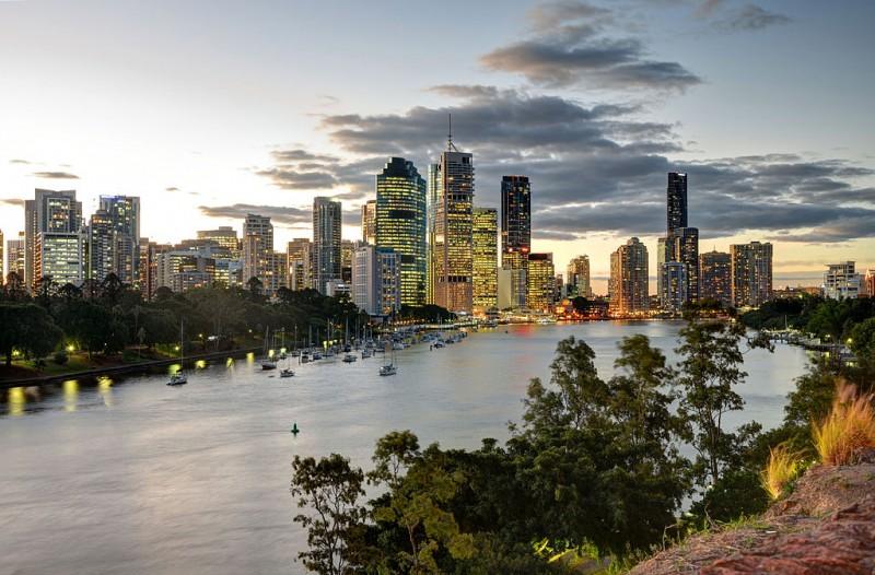 Fostul director de la Nova Apaserv și-a aranjat o plecare în Australia, pe banii societății!