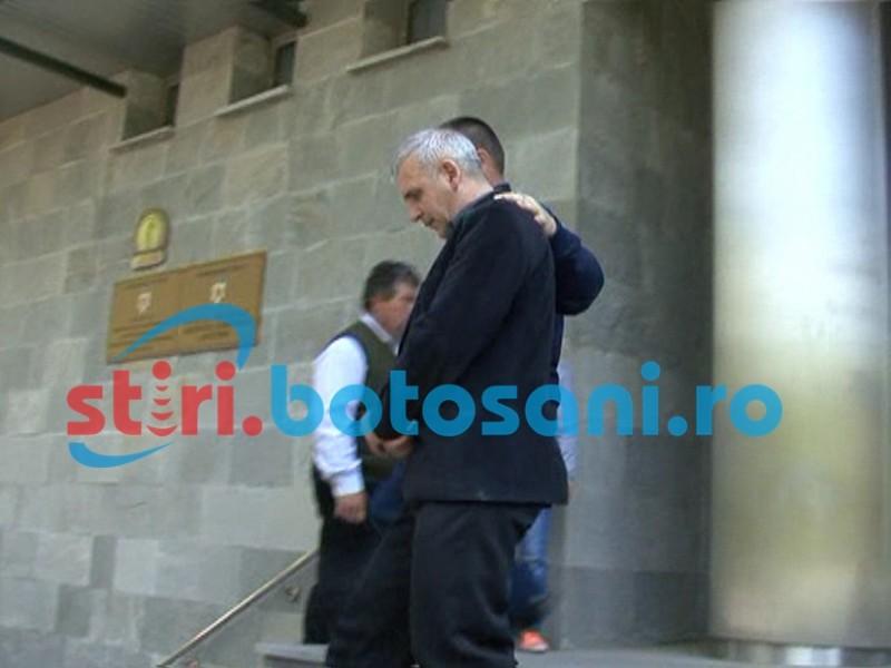 Fostul grefier al DIICOT Botoşani, care a vulnerabilizat structura, a ajuns sub control judiciar