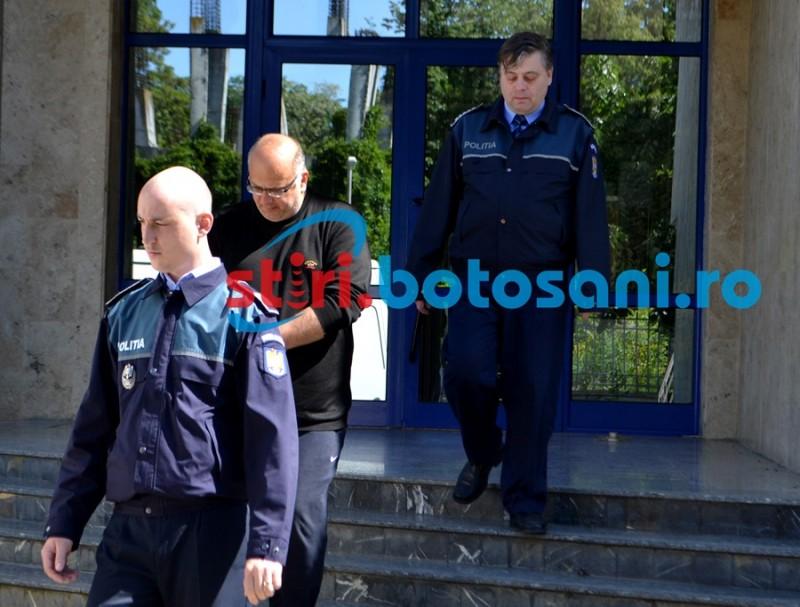 Fostul profesor de la Cooperaţie rămâne în arest preventiv!