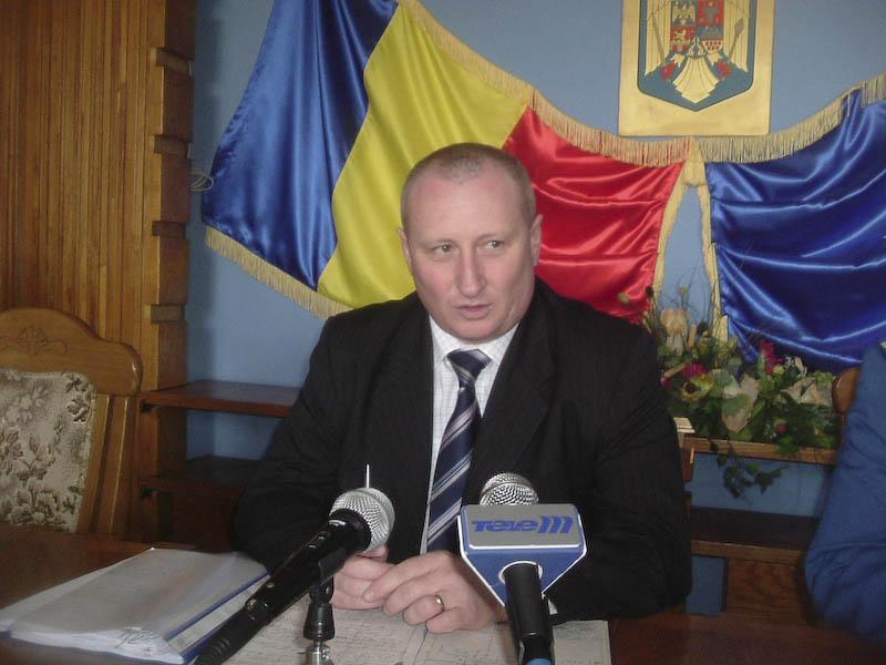 Fostul sef al ARR Botosani, Liviu Alexa, acuzat ca lucreaza impotriva institutiei pe care a condus-o!