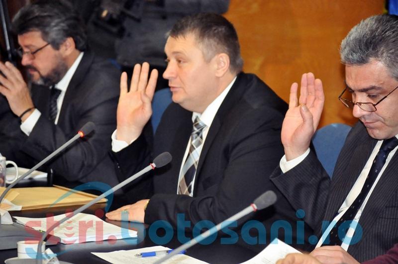 Fostul şef al judeţului, Florin Ţurcanu, învins de două ori de instituţia pe care a condus-o