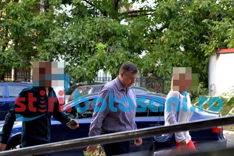 Fostul şef al judeţului, Florin Ţurcanu, şi omul de afaceri Marcel Bîrsan, reaudiaţi de noul complet de judecată