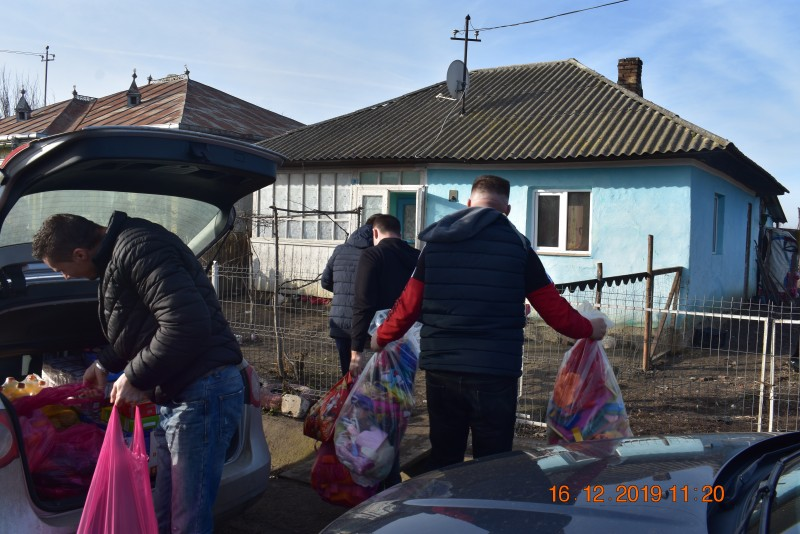 FOTO: Deținuții din Botoșani au participat la acțiuni de binefacere, în spiritul Sărbătorilor de iarnă