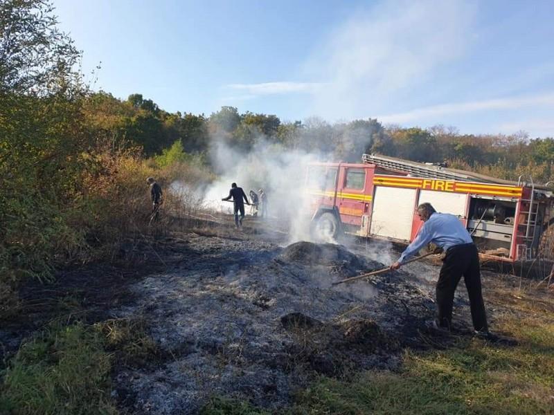 FOTO: Incendiu în comuna Lunca
