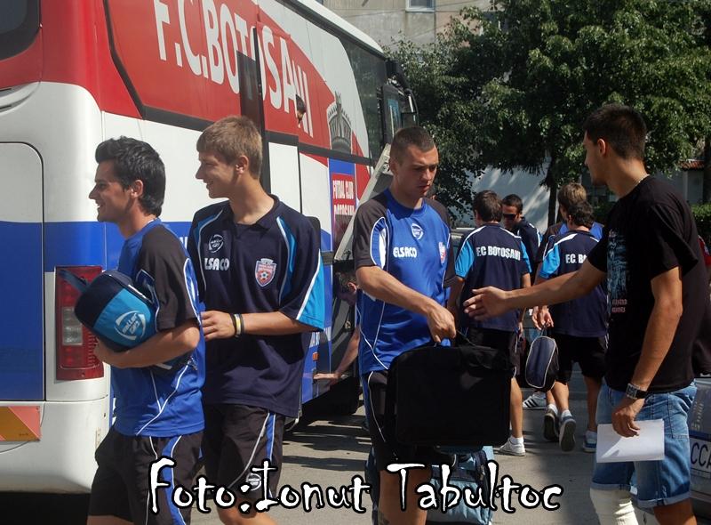 Foto! Jucatorii FC Botosani au revenit din cantonament