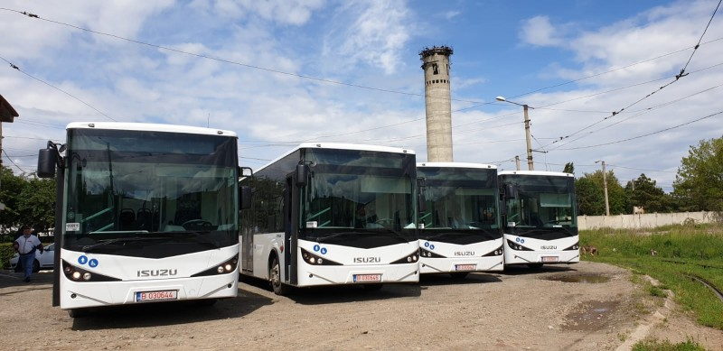 FOTO: Primele autobuze pentru transportul local de călători au ajuns la Botoșani