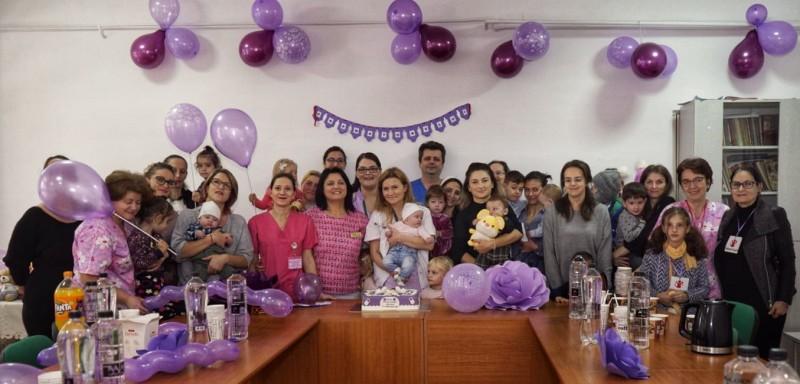 """FOTO: Ziua Prematurului, marcată de către medicii botoșăneni: """"Uneori plângem în drum spre casă, a două zi o luăm de la capăt, cu alte vieţi micuţe"""""""