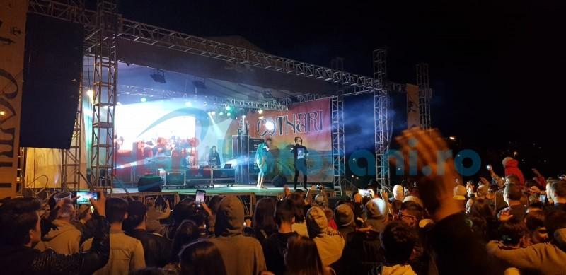 Fotogalerie: penultima seară de concert în aer liber la Cornișa - distracție, dar și minusuri