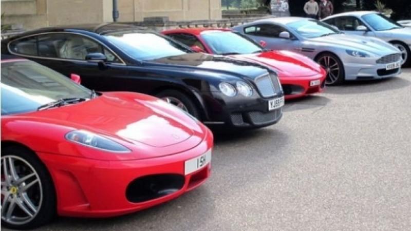 Furau mașini de lux din străinatate și le înmatriculau în Botoșani