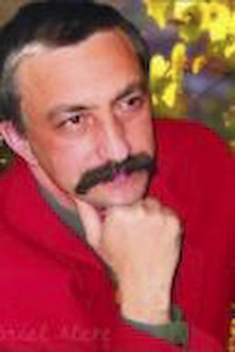 GABRIEL ALEXE - Matematica si poezia, cararea luminoasa a unui director-scriitor!
