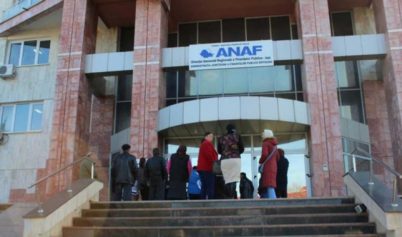 Gata cu discuțiile: Guvernul pregătește ordonanța de urgență pentru concedierea a 2200 de oameni de la ANAF