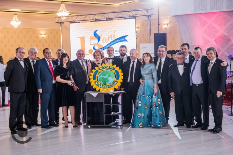 Generozitate și Excelență la Balul Caritabil Rotary, 15 ani de implicare în comunitatea botoșăneană!