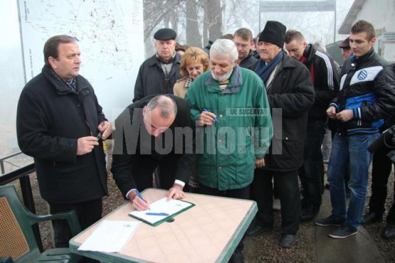 Gheorghe Flutur strânge semnături pentru ca Suceava să devină capitala unei viitoare regiuni