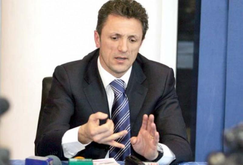 """Gică Popescu pune tunurile pe Victor Piţurcă: """"A greşit strategia, parcă a vrut să piardă la un gol diferenţă"""""""
