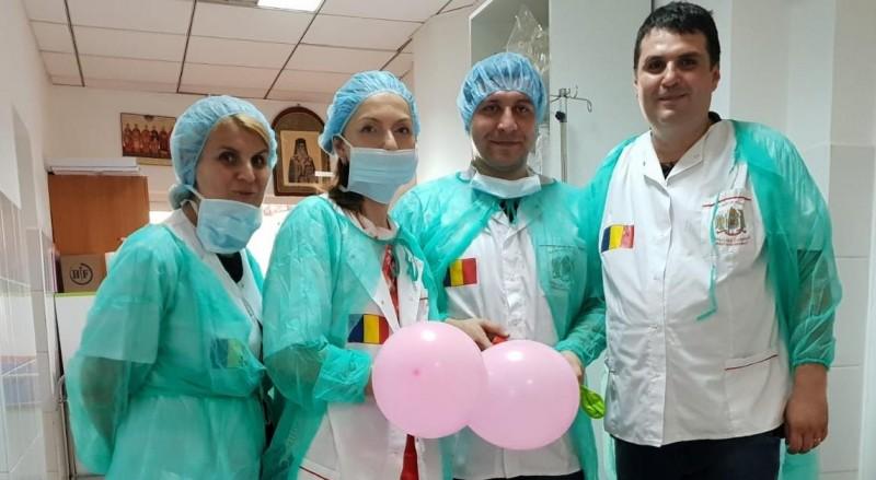 Ginecolog din Botoșani, într-o acțiune medicală în sprijinul oamenilor de la sat!